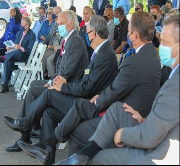 Governor McMaster sitting next to Mayor Harry Williams at the Exit 3 announcement.